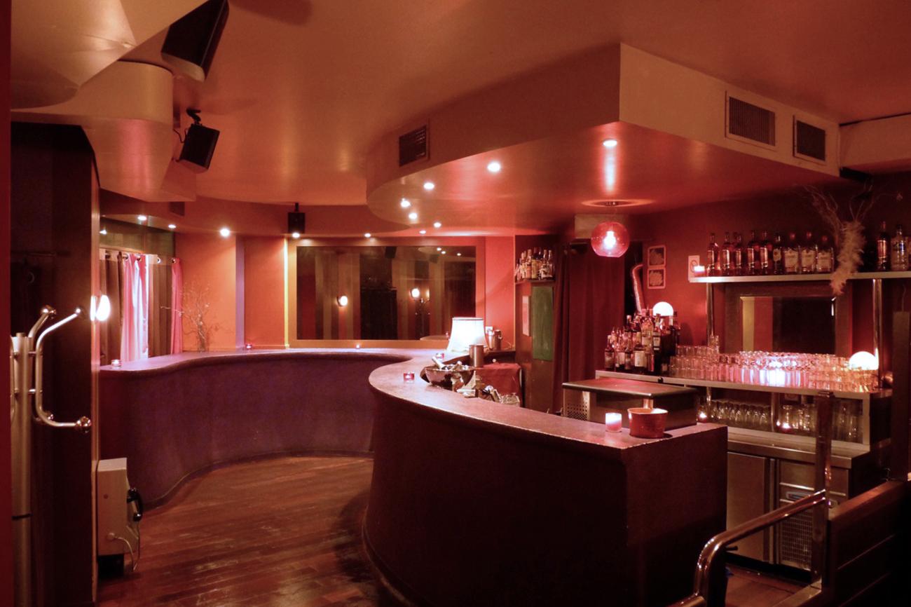 caf bonbon bar louer pour votre soir e. Black Bedroom Furniture Sets. Home Design Ideas